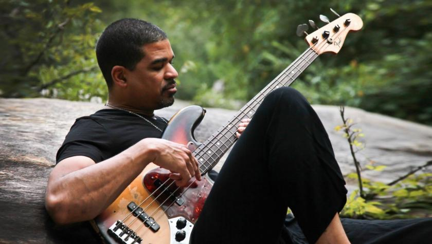 Oteil Burbridge Speaks About Jamming With The Grateful Dead, Praises Trey Anastasio, Reveals Favorite Dead Songs
